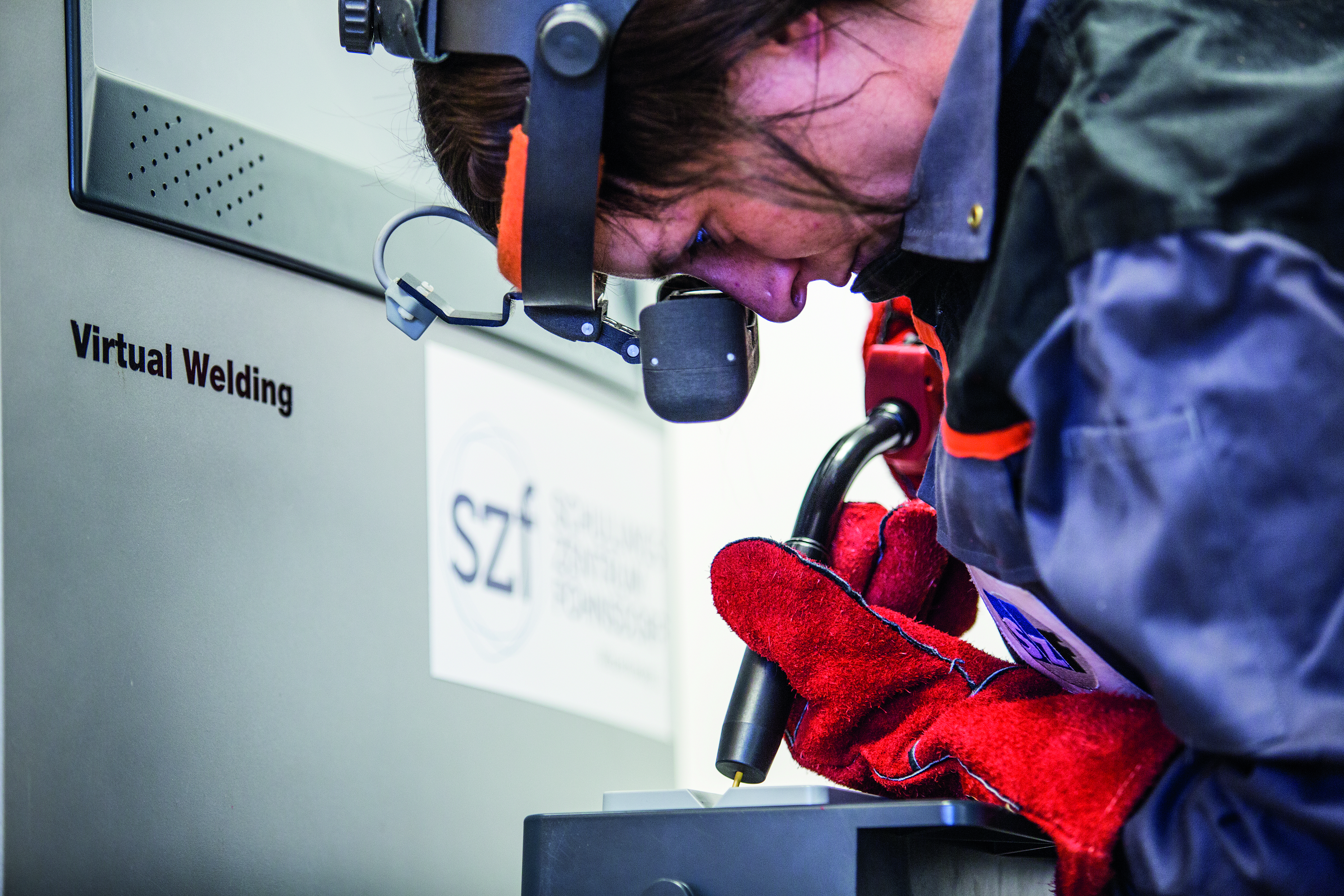 f175372788 Learning to weld with a personal trainer - Fronius Virtual Welding ...